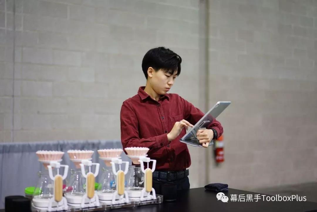 祝贺杜嘉宁代表中国夺得2019年世界咖啡冲煮大赛冠军-咖报